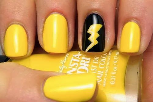 pikachu-ongles-queue