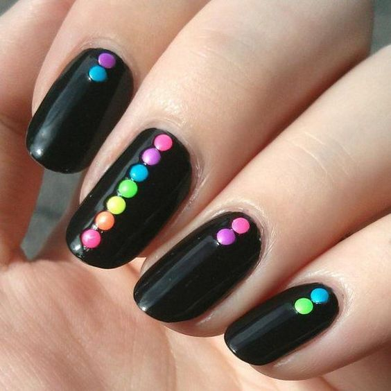 color dot nails