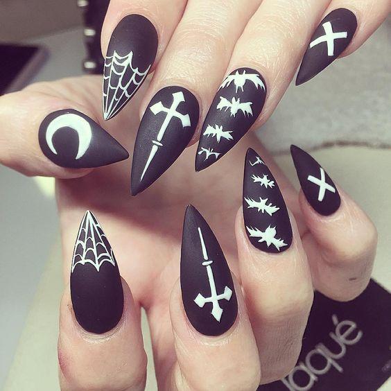 nail-art halloween creapy satan goth