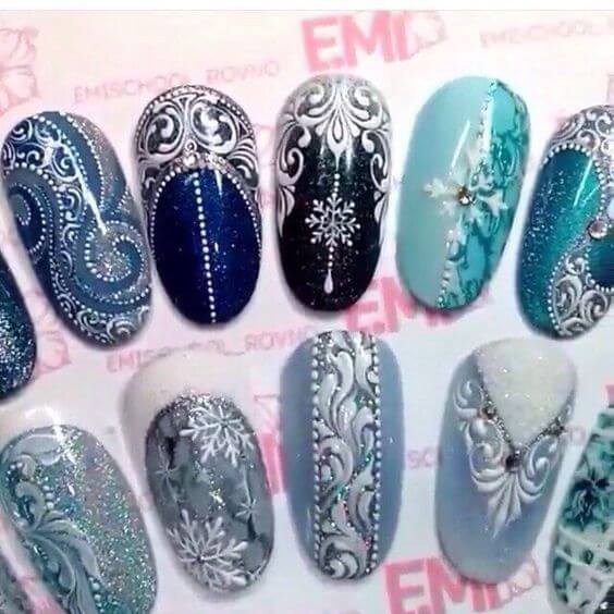 nail art flocon de neige bleu