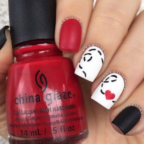 nail art saint valentin coeur rouge