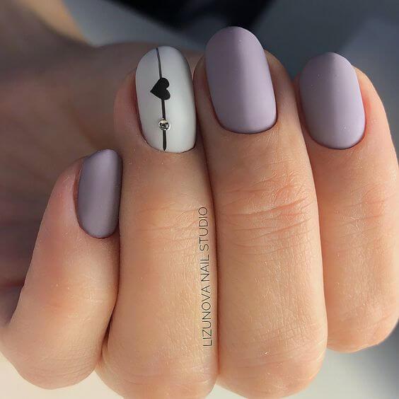 nail art saint valentin coeur mauve