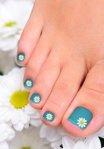 blue-toe-nail-designs-sunflowers