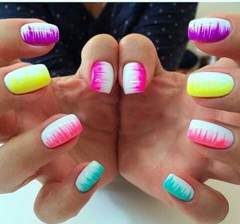 nail art multicolor 2