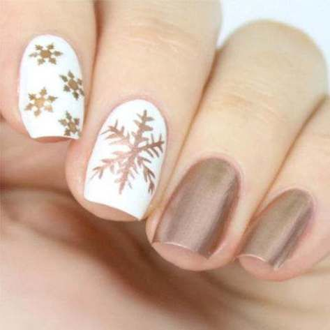 nail art flocon de neige or