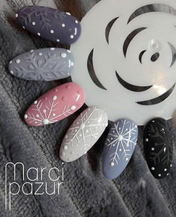 nail art flocon de neige 3D